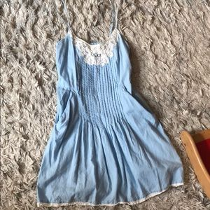 Kimchi blue lace trim dress size medium